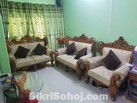 Ctg segun wooden Victorian sofa set