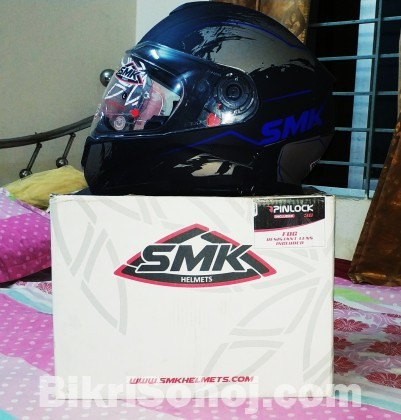SMK HELMETS WITH ANTI FOG PIN LOCK AND SUN VISOR