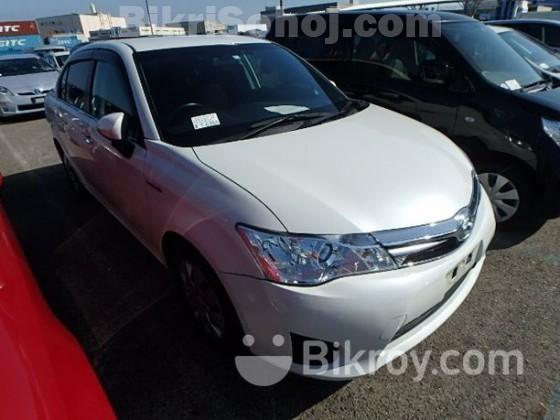 Toyota Axio Hybrid-Pearl 2014
