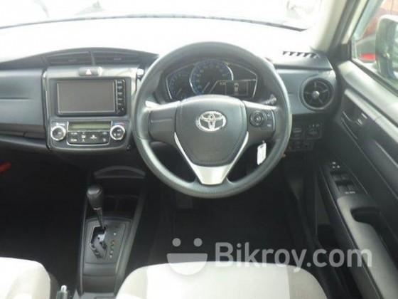 Toyota Axio G pearl Hybrid 2015