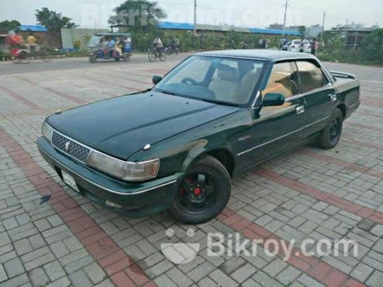 Toyota Chaser green 1990