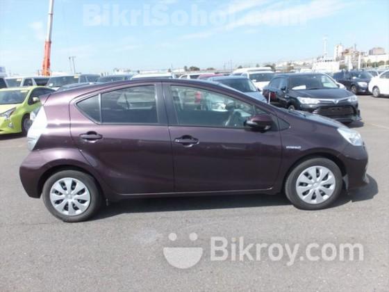 Toyota Aqua S Purple Wine New 2014