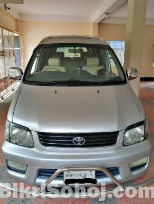 Toyota Noah SR50