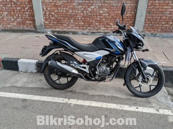 Discover 125 ST 4v (2019 registration)